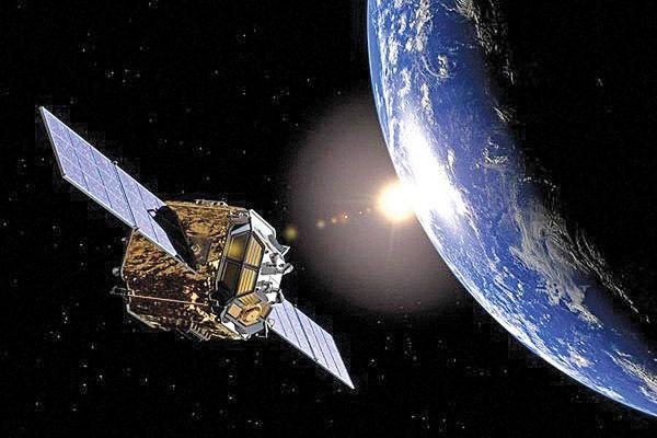 کاربرد ماهواره ها و سرنوشت آنها پس از اتمام ماموریت - word